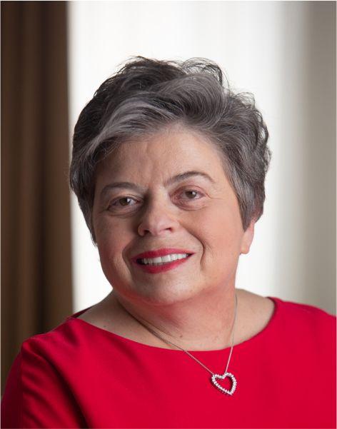 Irene Helsinger Headshot