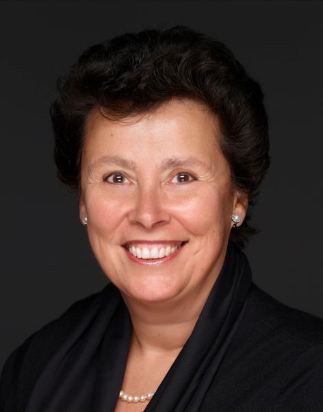 Rosa Zeegers Headshot